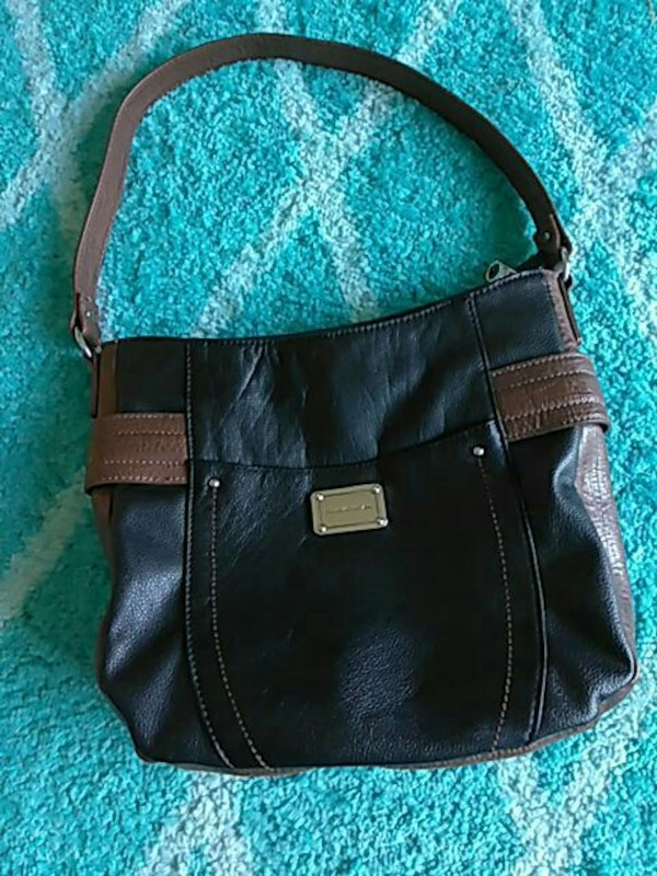 Used Stone Mountain Leather Purse For Sale In Oxnard Letgo
