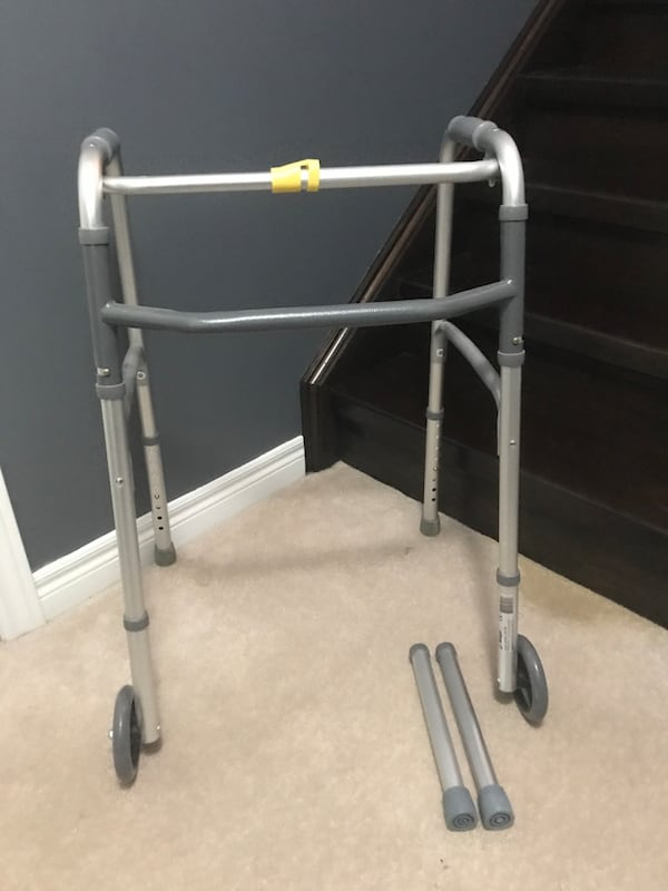 Airgo adjustable height walker with removable wheels 2ab0730a-be37-4b7e-aa3d-5652b9f376f4