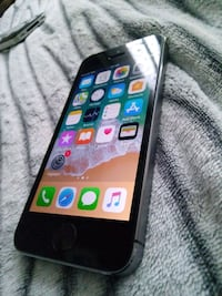 Iphone 5S unlocked 16gb Montréal, H8P 2S7