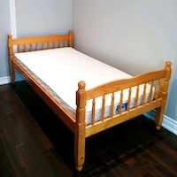 wood bed frame Mississauga, L5K 2C1