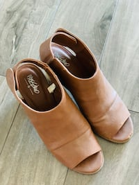 Mossimo Shoes for sale
