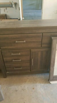 Dresser with mirror. Full bedroom set can be added Tupelo, 38804