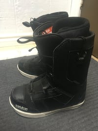Thirtytwo snowboard boots mint condition Winnipeg, R2J 2Y4