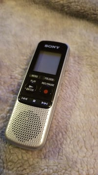 Brand new voice recorder. Paid $80. Large memory Calgary, T3K 0C3