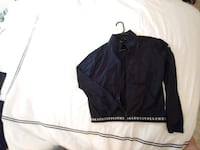 Good condition UnderArmour sweater Nanaimo, V9X 1A4