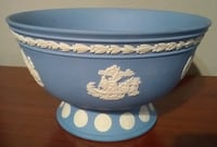 WEDGWOOD COLLECTOR'S SOCIETY FROSTED BOWL! Austin