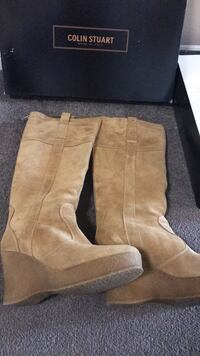 Suede Boots Size 9 - small 9 Barrie, L4N 9T7