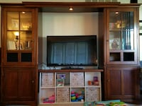 Entertainment Center Jefferson, 21755