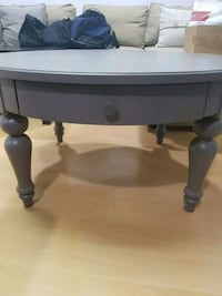 Round grey coffee table with drawer Toronto, M1V 1Z2
