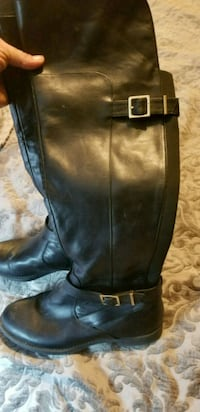 pair of black leather boots Essex, 21221