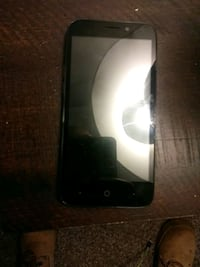 black iPhone 4 with box Highland, 92346