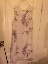 Dress size 6 Edmonton, T6E 0N6