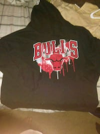 black and red Chicago Bulls pullover hoodie Kansas City, 64138