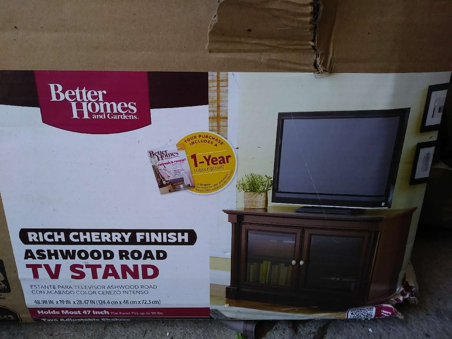 Letgo better homes and gardens tv stand in obetz oh Better homes gardens tv