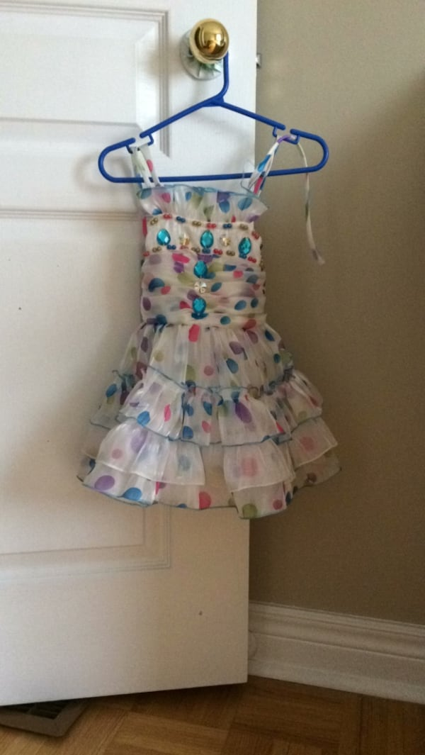 White dress with blue pink and purple polka dots size 2-3 years 52f40979-2a5e-4c63-97b8-1a6374ae7163