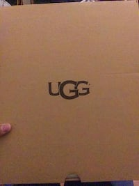 Grey Uggs Size:6 Washington, 20002