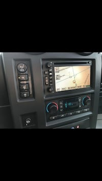 Hummer h2  gps  sd player Mississauga, L4X 2Z9