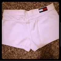 NWOT white Tommy Hilfiger shorts