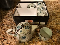 White and blue ceramic tea set Suitland, 20762