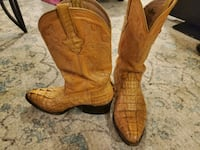 Plz read ad Cowboy biker boots low prices