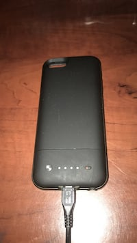 Iphone 5s mophie battery case Thunder Bay, P7A