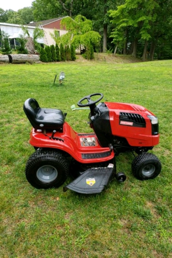 Used Craftsman Lt2000 Riding Lawnmower For Sale In