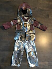 Boys 3 piece knight costume 3-4 T - $10  Markham, L3R 9L4