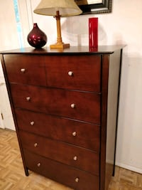 Like new big modern chest dresser with big drawers Annandale, 22003