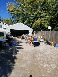 Garage sale  2128 N.67th Lincoln  ,Ne Lincoln