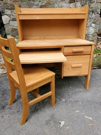 Cargo Student Computer Desk with Lighted Hutch and