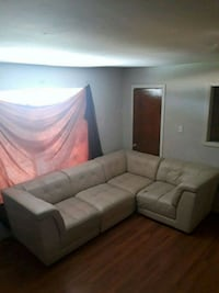 4 piece sectional couch Houston, 77009