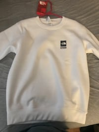 Supreme the north face crewneck
