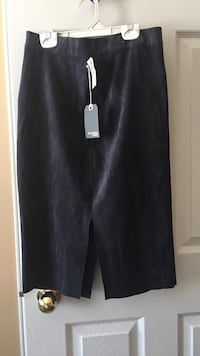 Charcoal grey aritizia suede skirt (brand new with all price tags still on) size 6