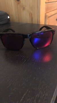 Custom polarized Oakley glasses