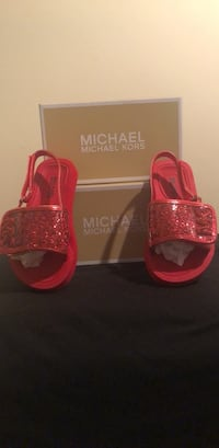 New Michael Kors Size 10 Toddlers  Hanover, 21076