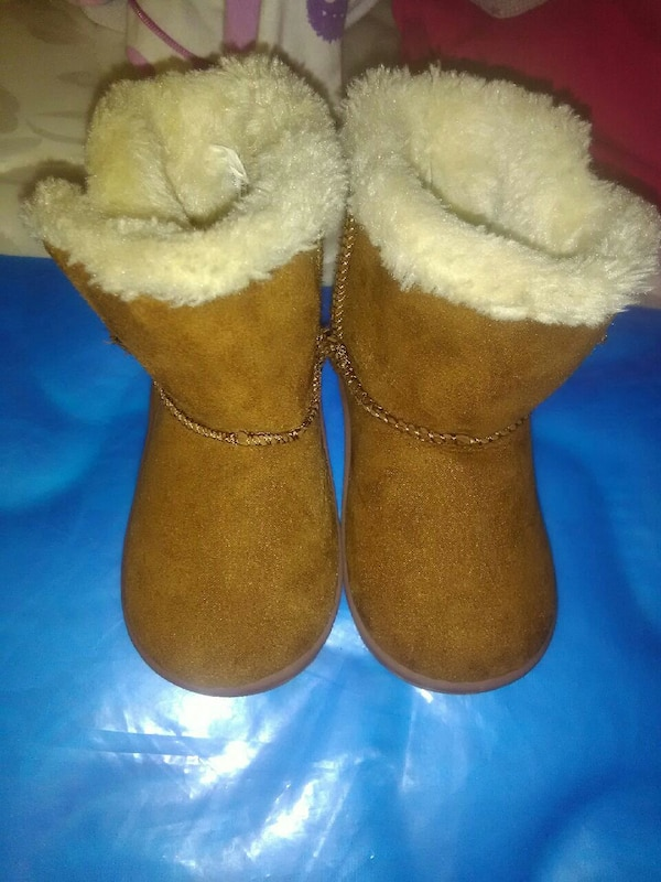 Babygirl Winter Boots For Sale Only 8$ 00b7c43c-486b-486b-a301-433542780937