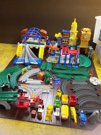 Lots of Geotrax Geo Tracks Buildings Grand Central Station WATERFORD
