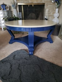 Living/family room  table  Crystal