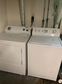 Whirl Pool Washer & Dryer