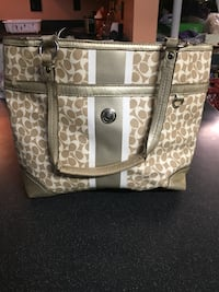 Authentic Gold and white Coach purse Girard, 44420