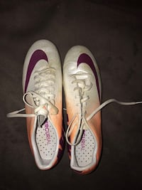 Women's Nike soccer cleats size 9.5 Vienna, 22180