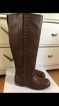 New Brown boots  Jacksonville, 32223