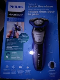 New in box phillips aqua touch shaver Abbotsford, V2T 2N1