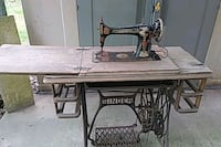 1898 singer sewing machine and table Silver Spring, 20906