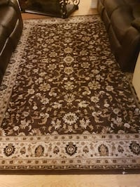 brown and white floral area rug Mississauga, L5L