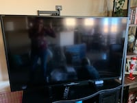 60 inch 3D Sony Bravia TV. Included: Remote, 2 3D glasses and manual. Albuquerque, 87114