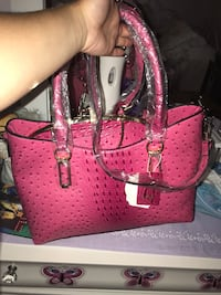 3 in 1 purse all new  Fayetteville, 72704