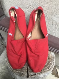Toms Shoes Size 8 Kitchener, N2P 1G4