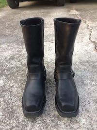 Pair of black leather boots Trion, 30753