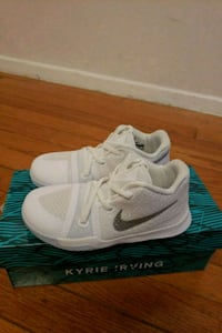 Nike kyrie 3 shoes toddler sz10 Silver Spring, 20906